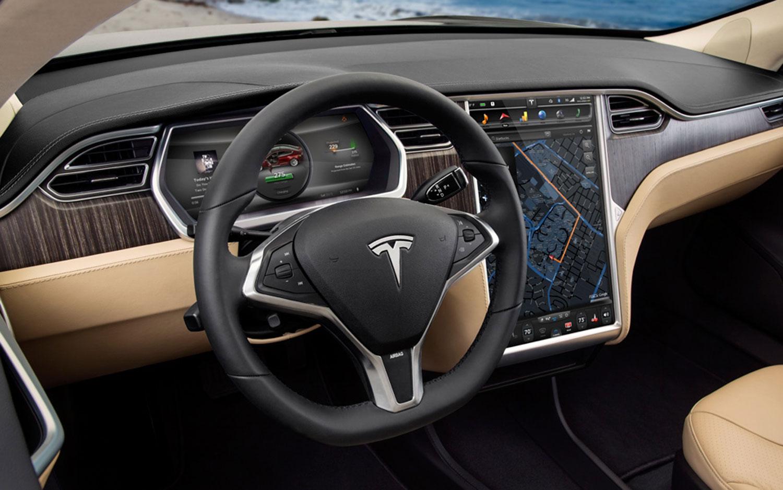 2013-Tesla-Model-S-interior1